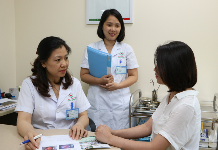 Bác sĩ Huỳnh Thị Kha